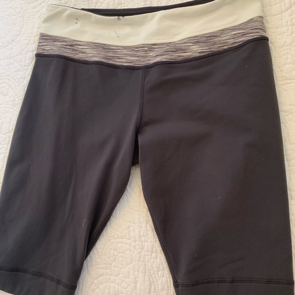 lululemon athletica Pants - Shorts